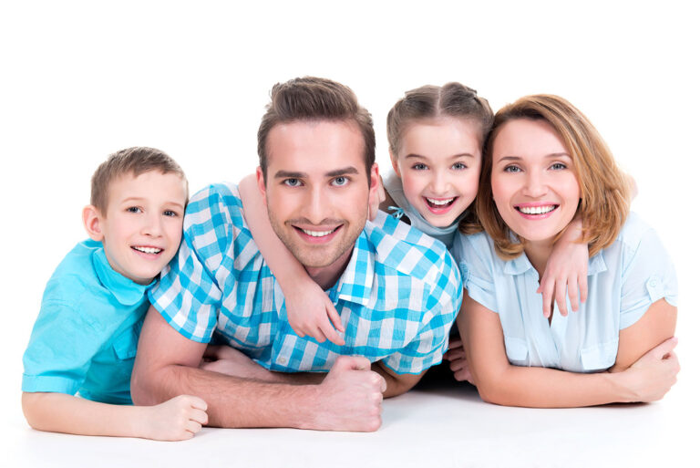 https://hampsteaddentalpractice.com.au/wp-content/uploads/2021/03/pateints-family-768x513.jpg